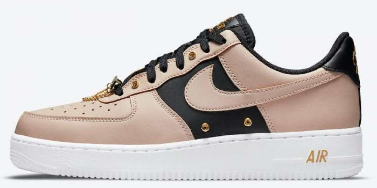This New Air Force 1 Low Delivery Metallic Gold Hardware Colorway
